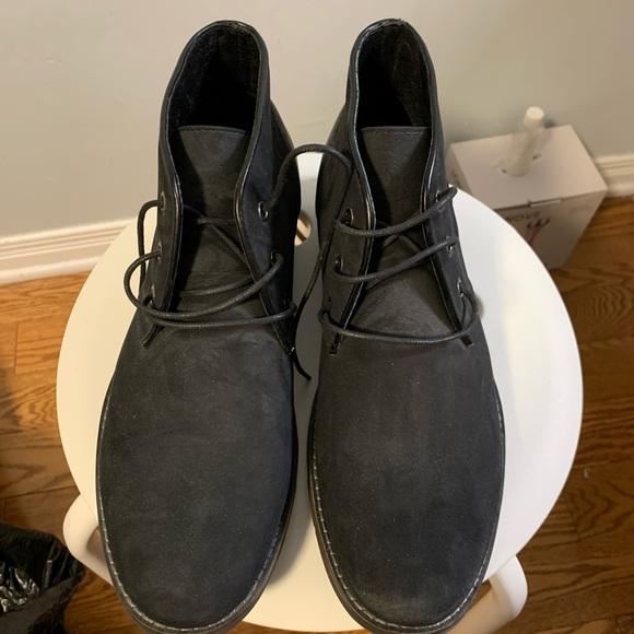 Men's Braxton Chukka boots size 9 US